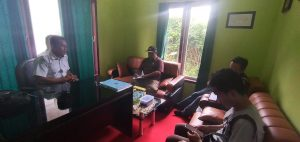Ketua Komisi I DPRD Bangkep saat monitoring disalah satu Puskesmas (Foto : Istinewa)